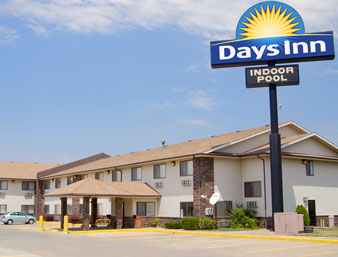 Days Inn - Topeka