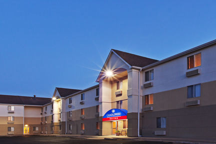 Candlewood Suites - Wichita